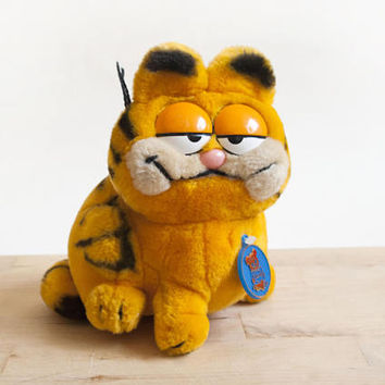 Vintage 1980s Garfield Stuffed Animal with Tag, Retro Plush Toy Stocking Stuffer by Dakin
