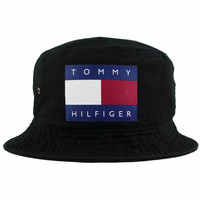 Tommy Hilfiger Bucket Hat