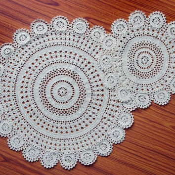 Handmade Crochet Doilies Set 6 -  Fine yarn vintage design - Home and Wedding Decor - Table coaster