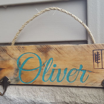 Painted-Colored Engraved Rustic Personalized Wood Coat/ Towel/dog leash Hangers