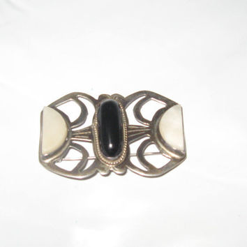vintage antique   silver pin brooch  onyx and mother pearl  PAT EN Tram signed