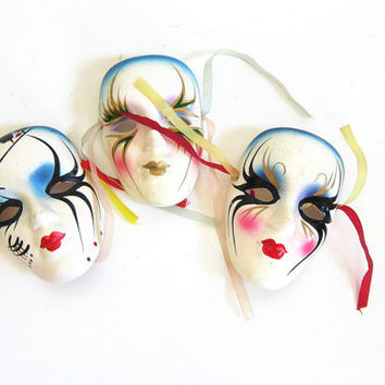 vintage white ceramic Mardi Gras masks / small painted masks / wall hangings