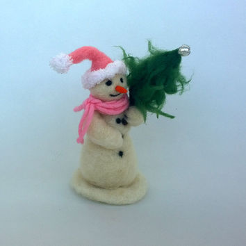 Felt Snowman with Christmas tree Home décor cute snowman Waldorf doll ornament Unique white figurine Xmas decoration Sweet Funny figurine