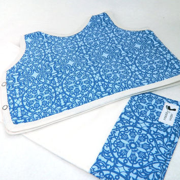 Baby Boy Gift Set Bib and Burp Cloth 6 month Boy by maddywear