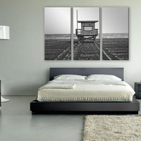B&W Lifeguard Tower Portrait Canvas Print 3 Panels Print Wall Decor Fine Art Photography Repro Print for Home and Office Wall Decoration