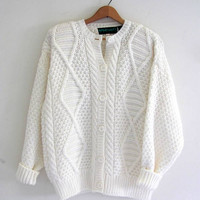 vintage white cable knit sweater cardigan // vintage oversized knit cardigan sweater // size L