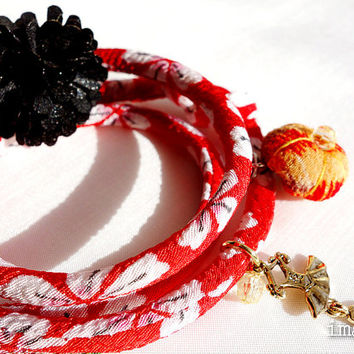 Kimono Anklet, Bracelet, Japanese chirimen wrapping jewelry, Kitsch white Sakura on red - HANA MORI - Thicker width 【L size】