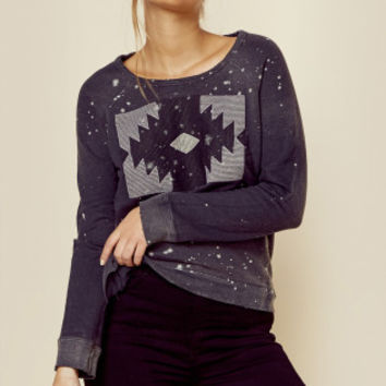 NATIVE EMBROIDERED PULLOVER