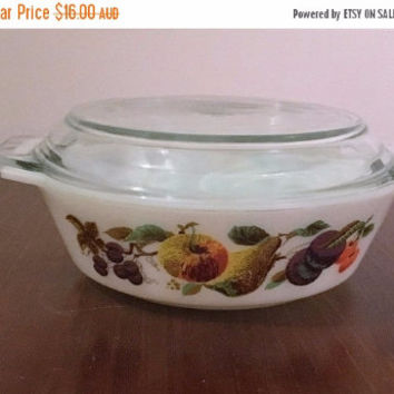 "PYREX SALE: Vintage 1960s JAJ Pyrex 2 Pint Round Casserole Dish and Lid ""Kent Orchard / Hawaii / Autumn Fruits"" Pattern / Made in England"
