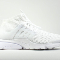 Nike Women's Air Presto Ultra Flyknit Triple White