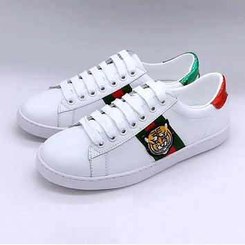 GUCCI Trending Women Men Casual Stripe Tiger Embroidery Flats Sport Shoes Sneakers I