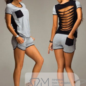 SIMPLE - Women Casual Loose Backless Short Sleeve Sport T-Shirt And Shorts a11011