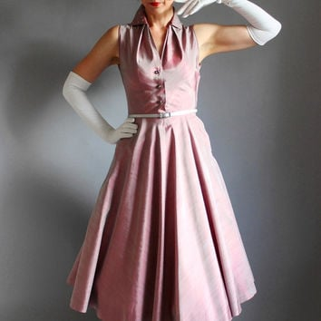 1950s Lilac Sharkskin Taffeta Party Dress. Formal. Wedding Bridesmaid. Cocktail Dress. Fall Fashion