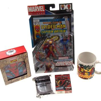 Marvel Universe Super Hero Collector Set Spider Man Figurine Light Up Coasters Cards
