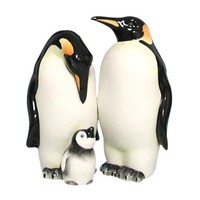 Westland Giftware Mwah Magnetic Penguins Salt and Pepper Shaker Set, 3-1/2-Inch