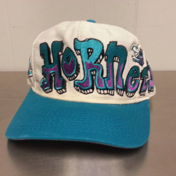 Vintage 90's Charlotte Hornets Snapback Rare Graffiti Logo Made By Twill NBA Basketball Cleaned