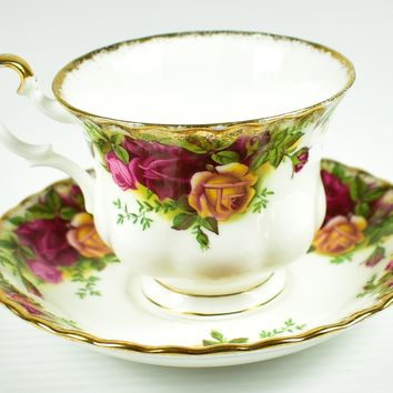 Royal Albert, Old Country Roses Tea Cup & Saucer