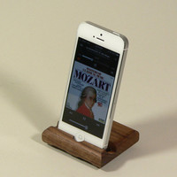 Acoustic Stand for iPhone 4,5 and  iPod Touch 4,5 in Walnut. Portrait and Landcape viewing.