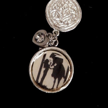 Country Couple Pendant