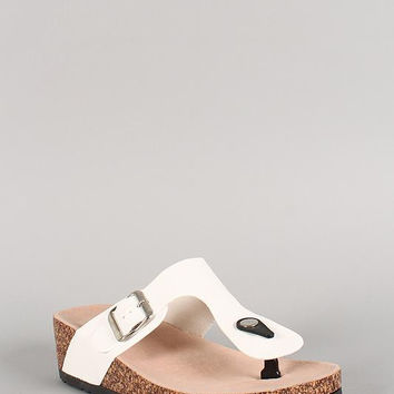 Bamboo Leatherette Buckle Thong Footbed Wedge Sandal Color: White, Size: 8