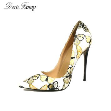 DorisFanny women Pumps New 2017 Fashion Butterfly Print stilettos super sexy High Heels 34-45 plus size Ladies Shoes