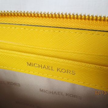 Michael Kors Mercer Pocket Zip Around Continental Wallet in Sunflower MSRP $158