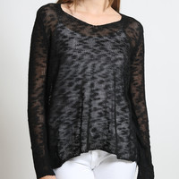 LE3NO Womens Lightweight V Neck Long Sleeve High Low Crochet Sweater (CLEARANCE)