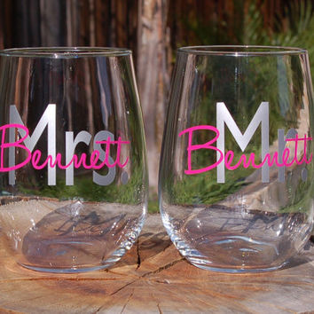 2 Stemless Wine Glasses Decorative Mr. and Mrs. with Last Name  - Newlyweds - Engagements - Wedding Party Gifts - Bride Gifts - Groom Gifts