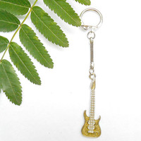 Guitar Keychain - Brown Guitar Key Chain - Father Day Gift - Key Fob - Keychain For Men - Gift For Him - Music Lover Gifts