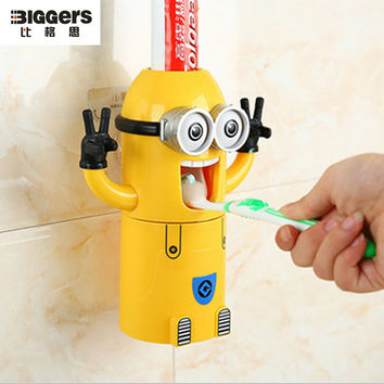 Cute Bathroom Accessories Best Cartoon Children Gift Minions Toothbrush Holder Funny Toothpaste Dispenser