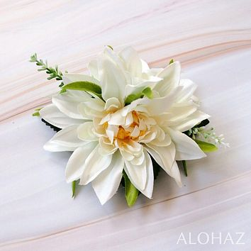 White Chrysanthemum Hawaiian Flower Hair Clip