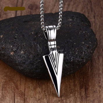 Vintage Arrowhead Pendant Necklace - Silver