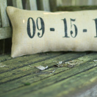 Wedding/Anniversary/Birth Date Pillow : Sweet Burlap Decorative Accent Pillow