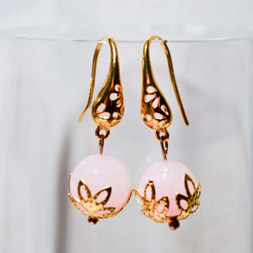 Pink earrings, Flower Earrings, Vintage Style Earrings, Gold and Pink,  Vintage pink