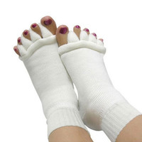 Yoga GYM Massage Open Five Toe Separator Socks Foot Alignment Pain Relief New = 1933327300