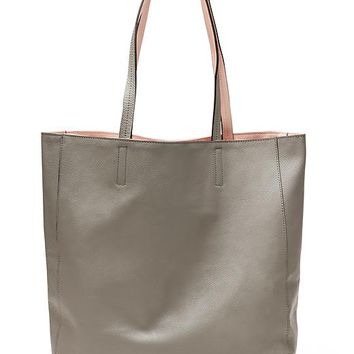 Banana Republic Reversible Soft Tote Size One Size - Gray