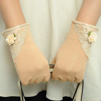2016 Hot 1 Pair Women Touch Screen Flower Lace Cotton Warm Full Fingers Gloves