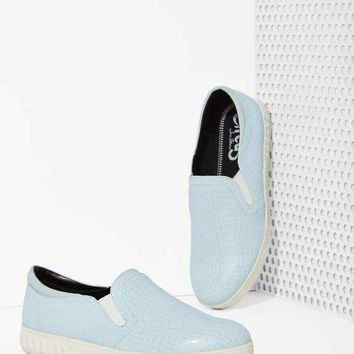 Cruz Faux Crocodile Slip-On Sneaker - Ice Blue