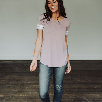 Track Tee in Mauve