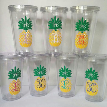 Pineapple Monogram Tumbler, Pineapple Tumbler With Monogram,Monogrammed Pineapple Vinyl Tumbler,Southern Preppy Tumbler,Summer Tumbler,Beach