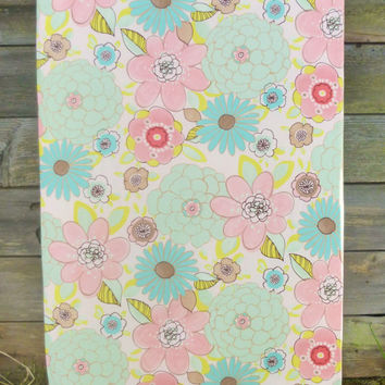 Crib Sheet, Baby or Toddler Fitted Crib Sheet, Coral Mint Flower Crib Sheet for Girl Nursery