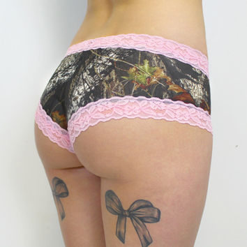 Luckless Clothing Co | Mossy Oak Boy Short Panties ( pink lace )