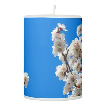 White Flowers Candle