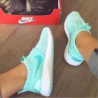 """Nike"" Fresh Color Sneakers Women Sport Shoes Casual Sneakers honeycomb Mint green"