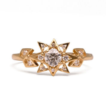 Diamond Art Deco Star Engagement Ring - Unique engagement ring, 18K Gold Star ring, unique engagement ring, antique, vintage, halo ring