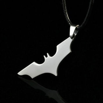 Stainless Steel Super Hero Batman Cosplay Anime Logo Chain Pendant Necklace