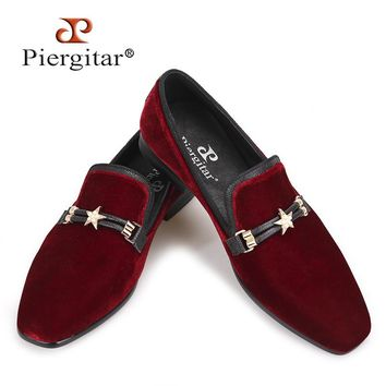 Piergitar Autumn style Luxurious Burgundy colors men velvet  loafers