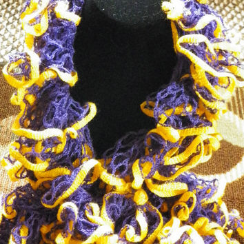 Free Shipping in the U.S.A - Medal - Crochet Ruffle Scarf - Starbella Stripes - Lakers - LSU - Ruffle Scarf Yarn - Purple Gold Scarf - Sale