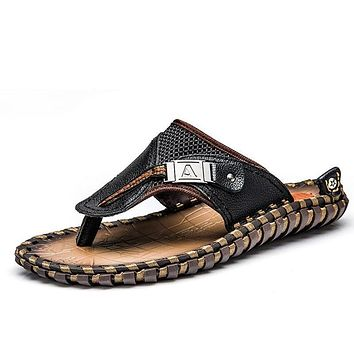 Luxury New Men's Flip Flops Genuine Leather Slippers Fashion Beach Sandals Shoes For Men