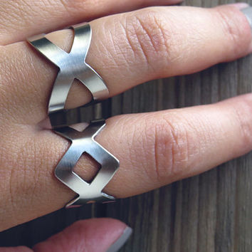 Infinity ring / Lozenge ring / x ring / ring set / rhombus ring / trendy rings / criss cross ring / geometric ring / geometric jewelry